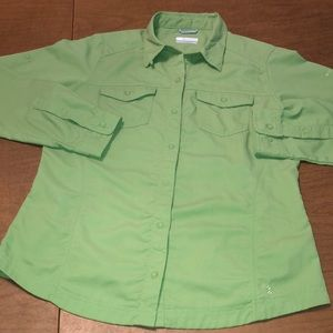 COLUMBIA Omni Shade Green Button Down Hiking Shirt
